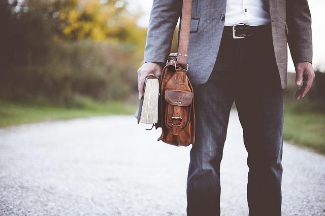 hnedá pánska kožená taška