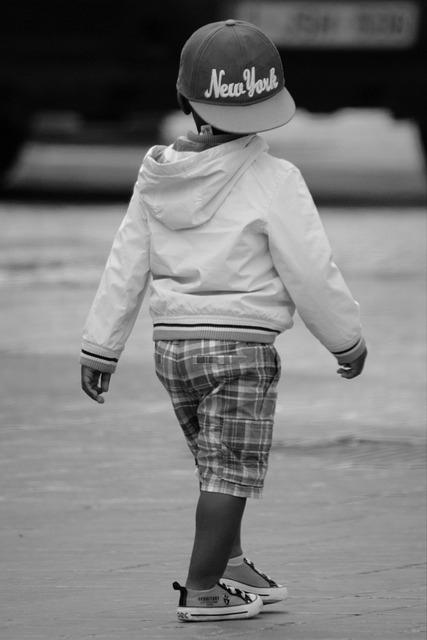 dieťa so šiltovkou New York