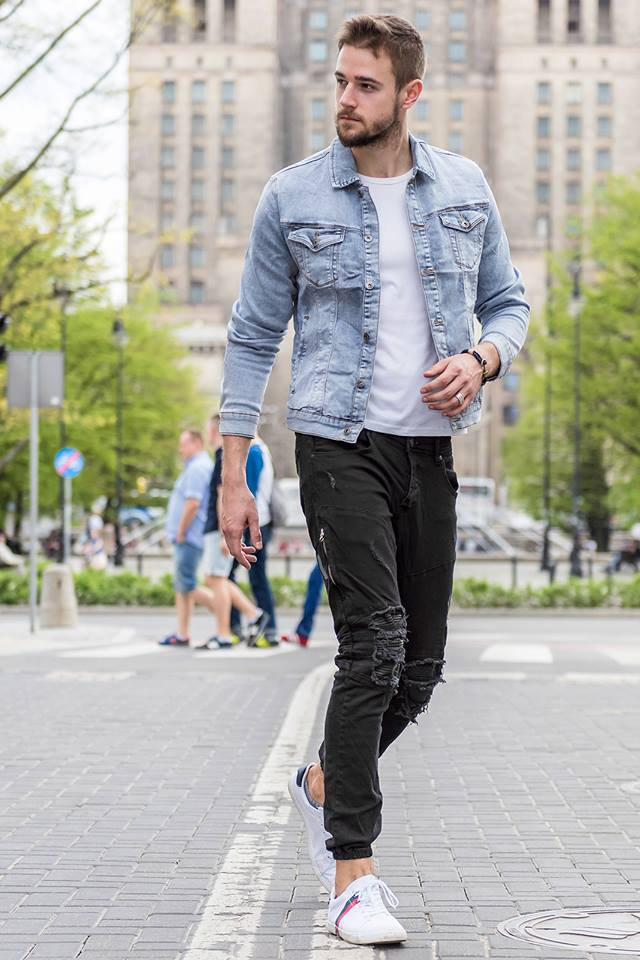 pánsky outfit v džínsovej bunde