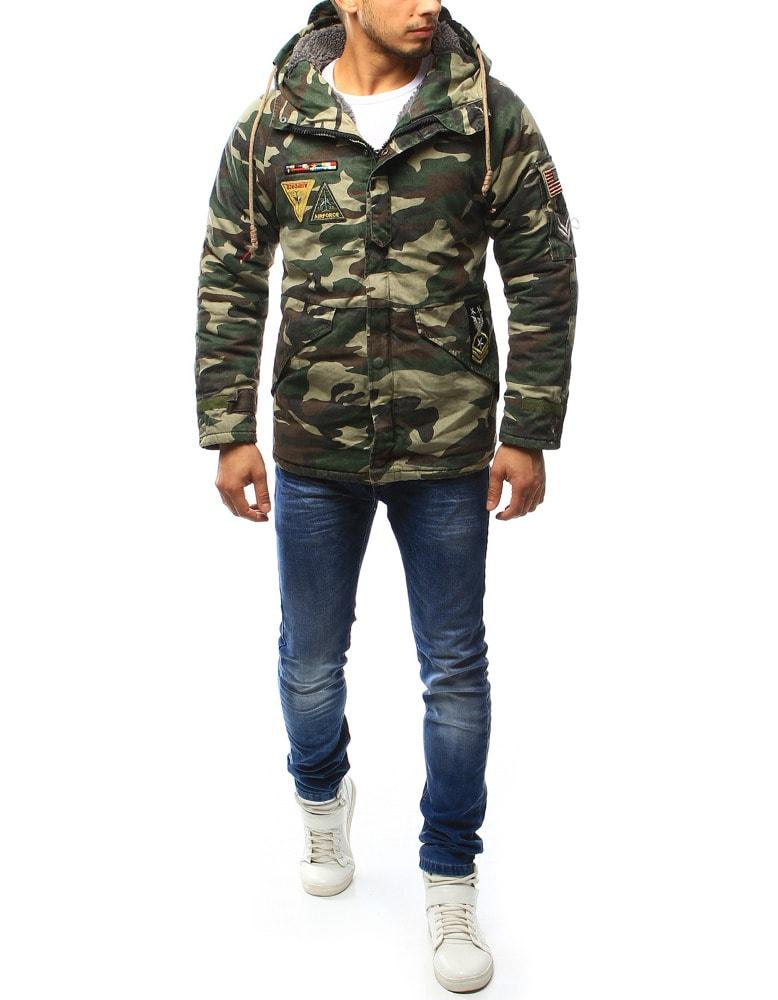 Zimná maskáčová bunda s army nášivkami - Budchlap.sk 177c39b0bdd