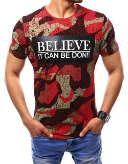 Červené atraktívne tričko